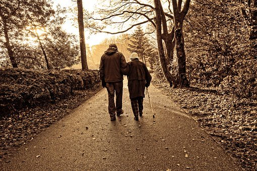 The Benefits of Walking for Seniors-Easy Does It!