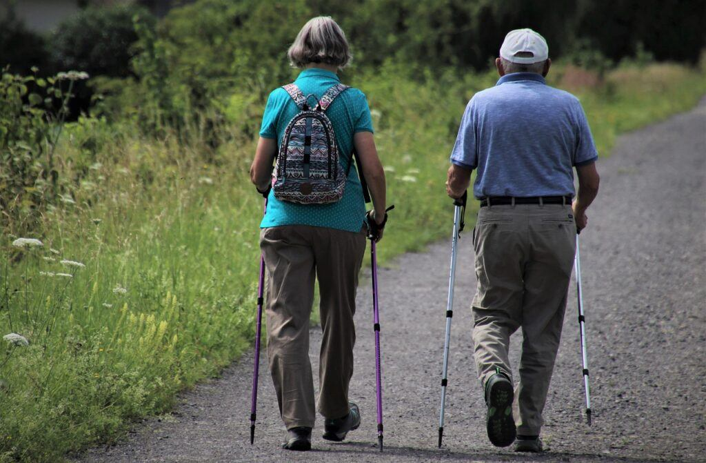 The Benefits of Walking for Seniors-your heart will love you